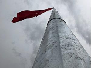 dev bayrak diregi hakkari