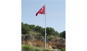bayrak diregi istanbul