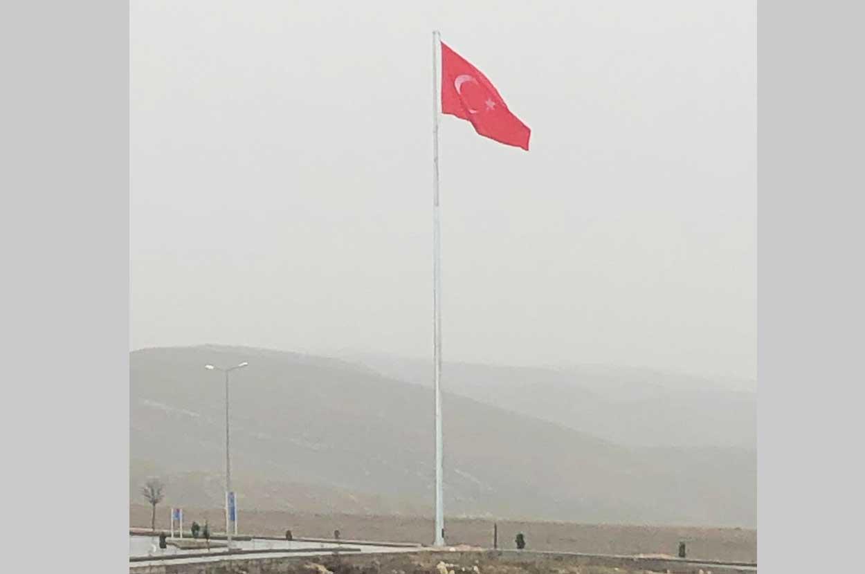 zirve-bayrak-direği-nevşehir